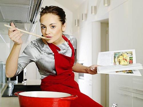 Аппетит заставляет готовить девушку