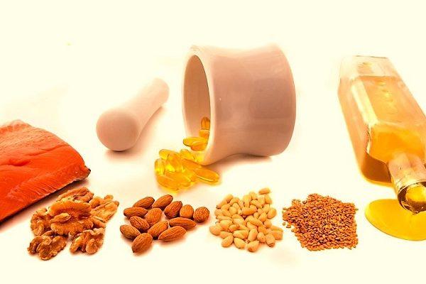 для баланса вредного и полезного холестерина организму необходимо получать из продуктов ненасыщенные кислоты омега-3, омега-6