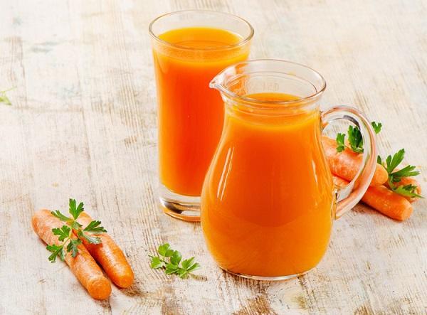 Морковный сок от глистов у детей