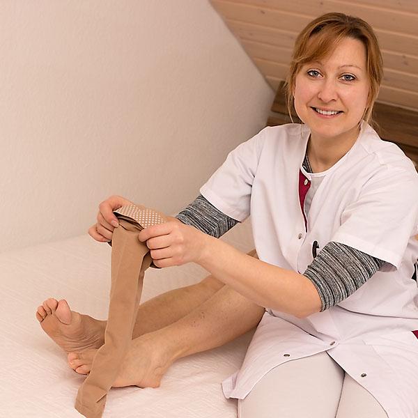 Лечение отеков ног у пожилых народными средствами