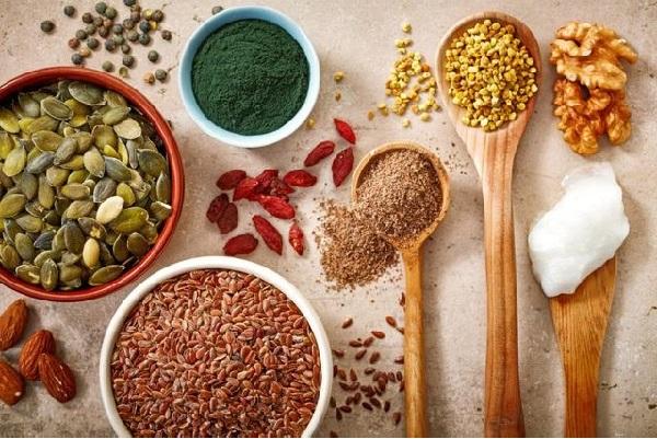 употребление продуктов, содержащих фитостерины, помогает контролировать уровень холестерина в составе крови