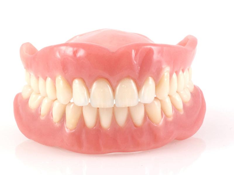 Этапы изготовления силиконовых зубных протезов