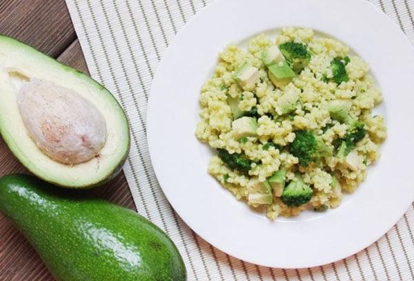 Пшенная каша с авокадо