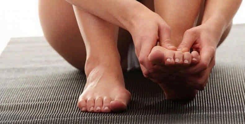 Массаж при вальгусной деформации большого пальца стопы