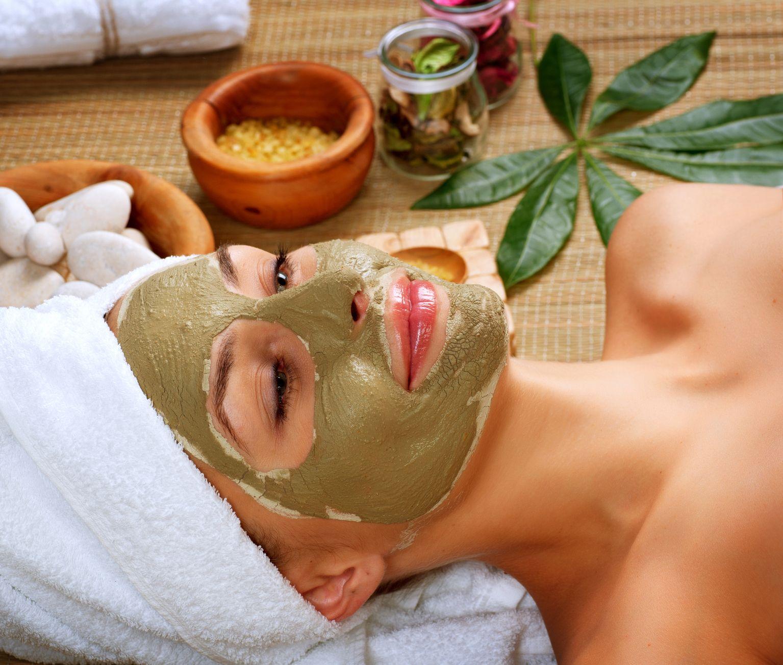 натуральные маски и скрабы против черных точек