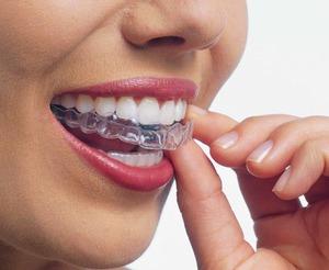 Цена на силиконовые зубные протезы