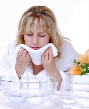 Как распарить кожу лица