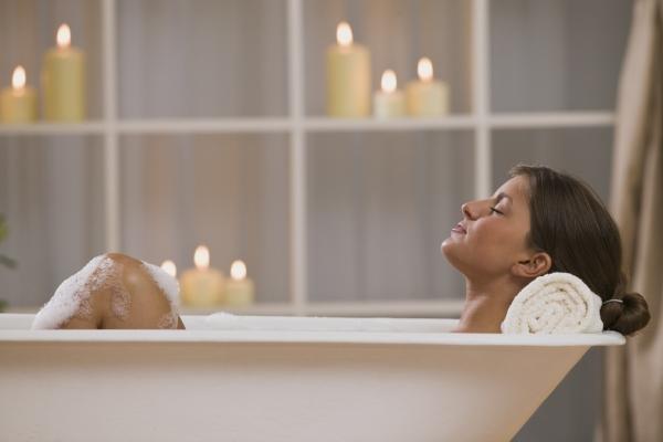 Ванны с маслом лотоса