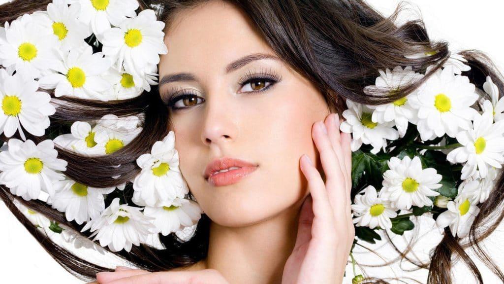 Польза от аромарасчесывания волос