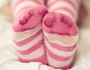 Ноги в теплых носках