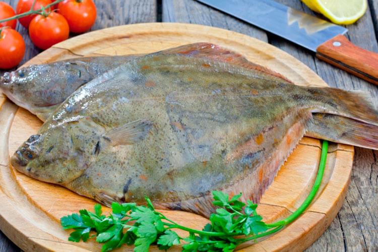 Какая рыба полезнее: свежая камбала