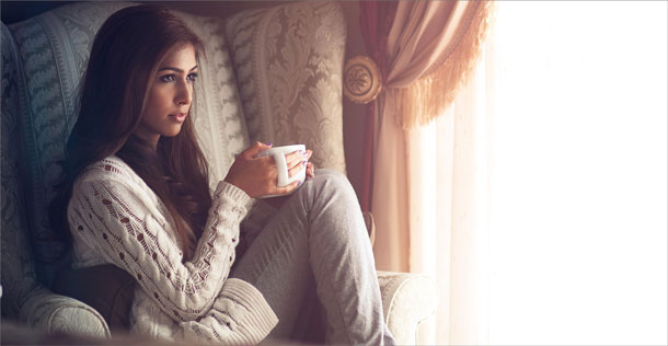 girl_with_cup