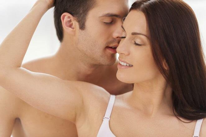 Прелюдия секса между мужчиной и женщиной